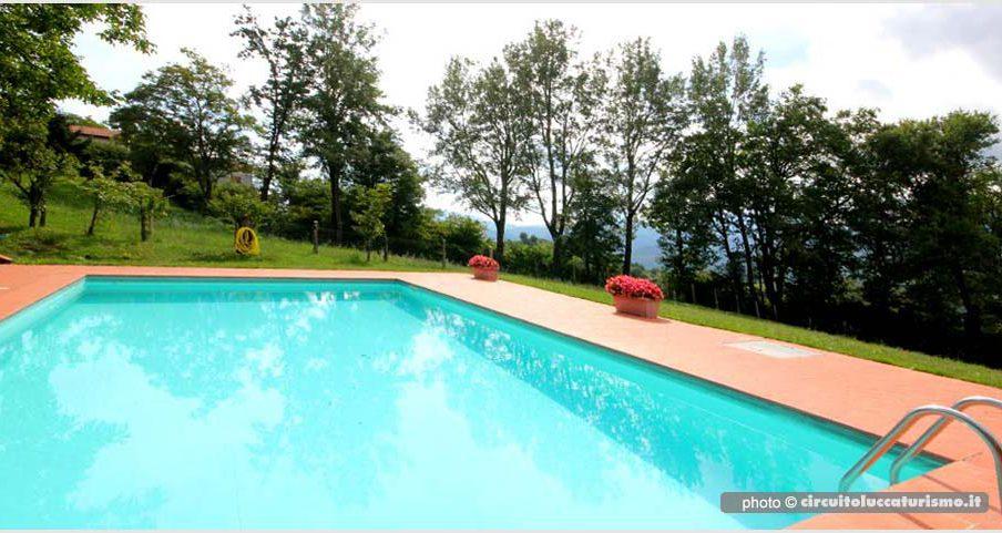 Agriturismo con piscina - Castiglione Garfagnana